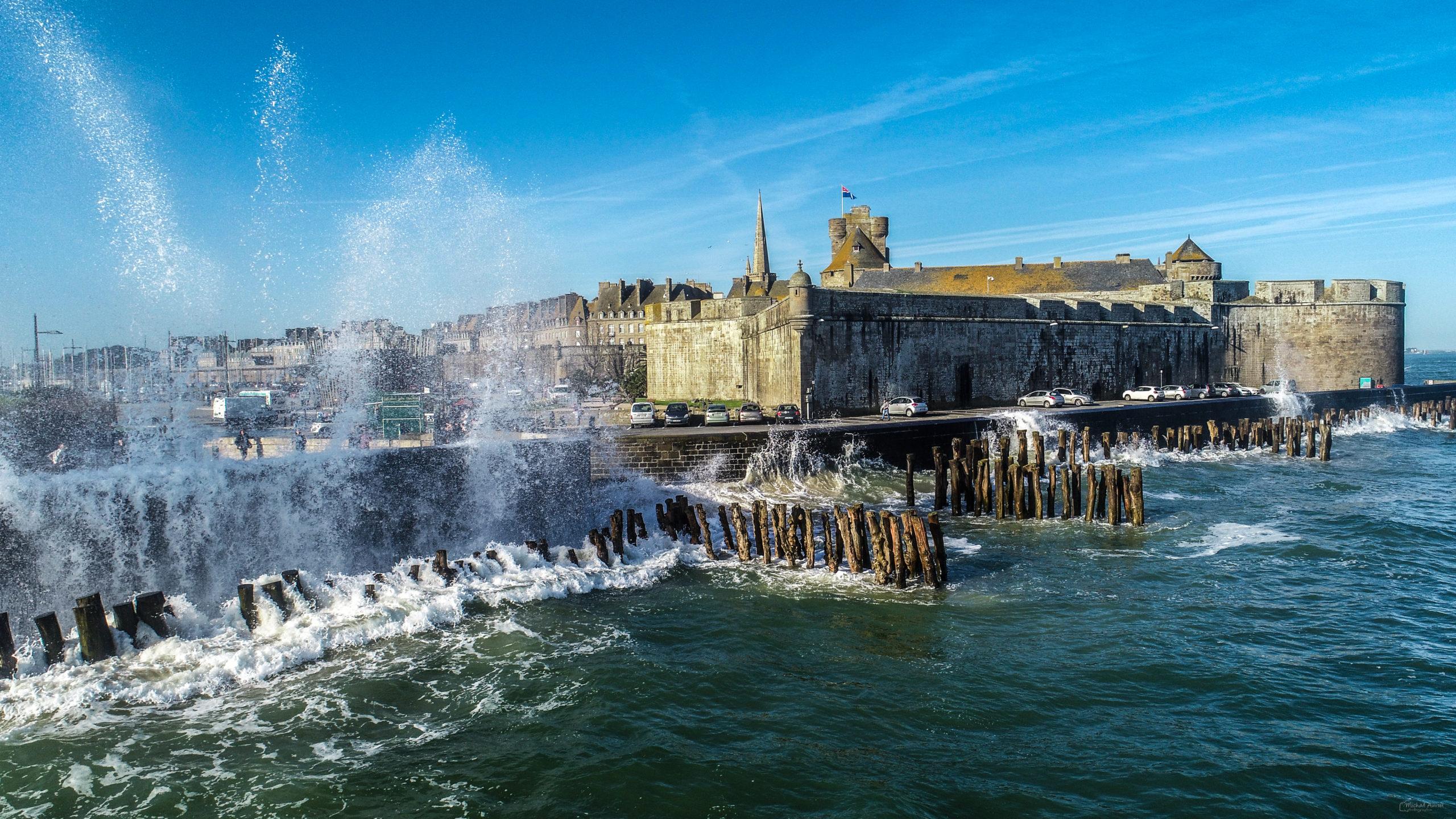 brises-lames intra-muros grandes-marees saint-malo sillon