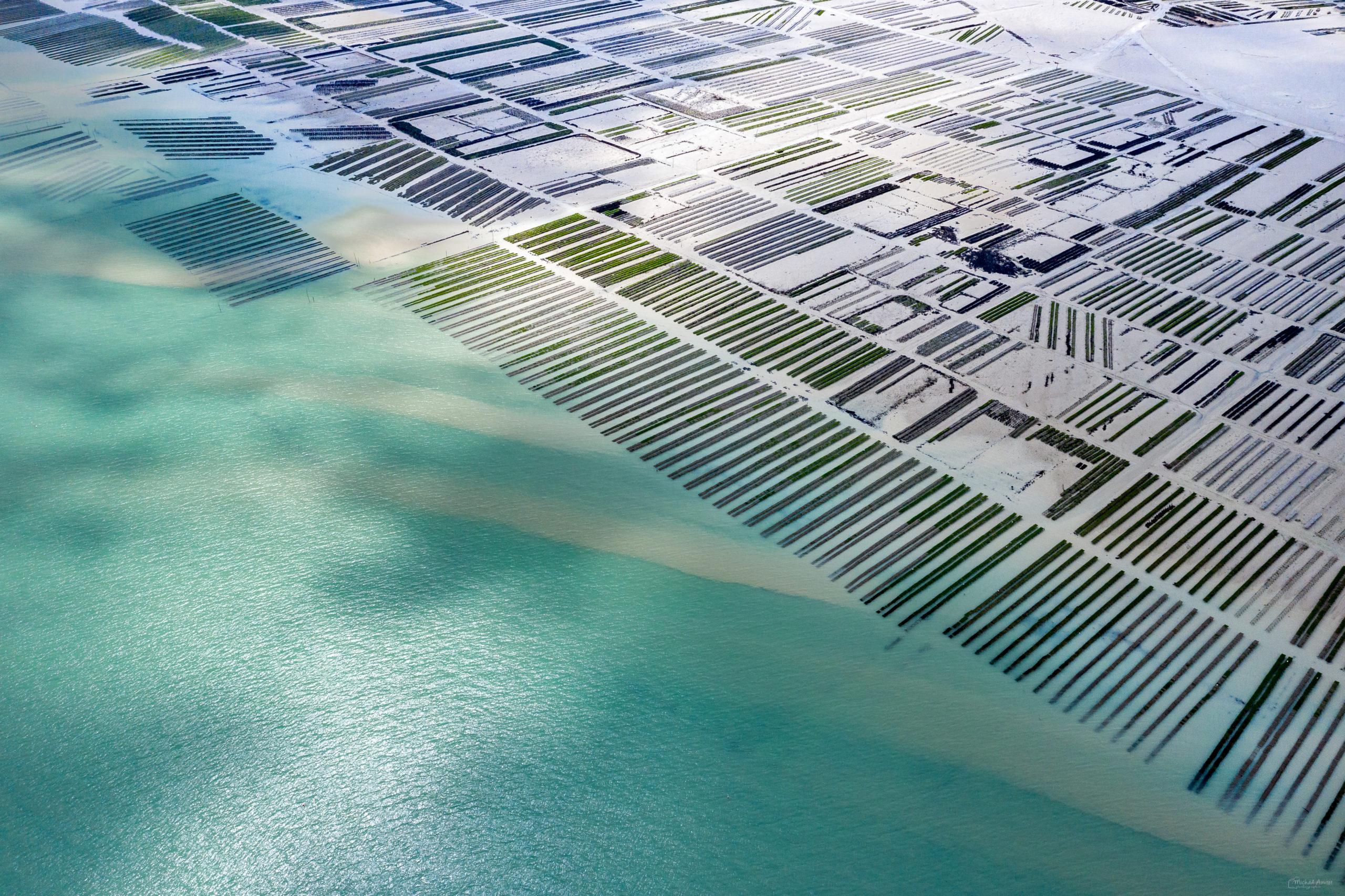aérienne cancale la-houle port digue huitres baie mont-saint-michel